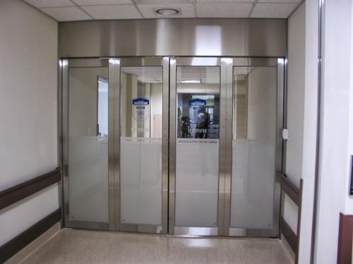 CỬA TỰ ĐỘNG XẾP GẤP (Folding Doors)